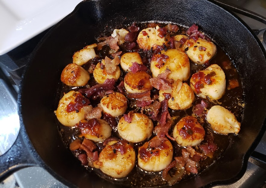 Pan Seared Scallops with Bacon Jam